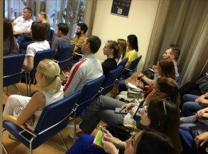 В среду 23 апреля днепропетровском офисе Центра Биржевых Технологий прошел семинар по повышению финансовой грамотности для населения. - 4 фото
