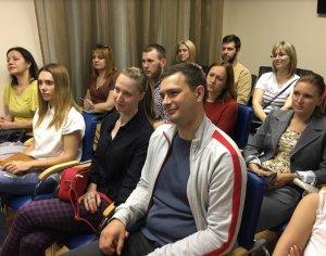 В среду 23 апреля днепропетровском офисе Центра Биржевых Технологий прошел семинар по повышению финансовой грамотности для населения. - 7 фото