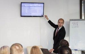 Бизнес-семинар по инвестированию от Центра Биржевых Технологий в Черновцах - 7 фото