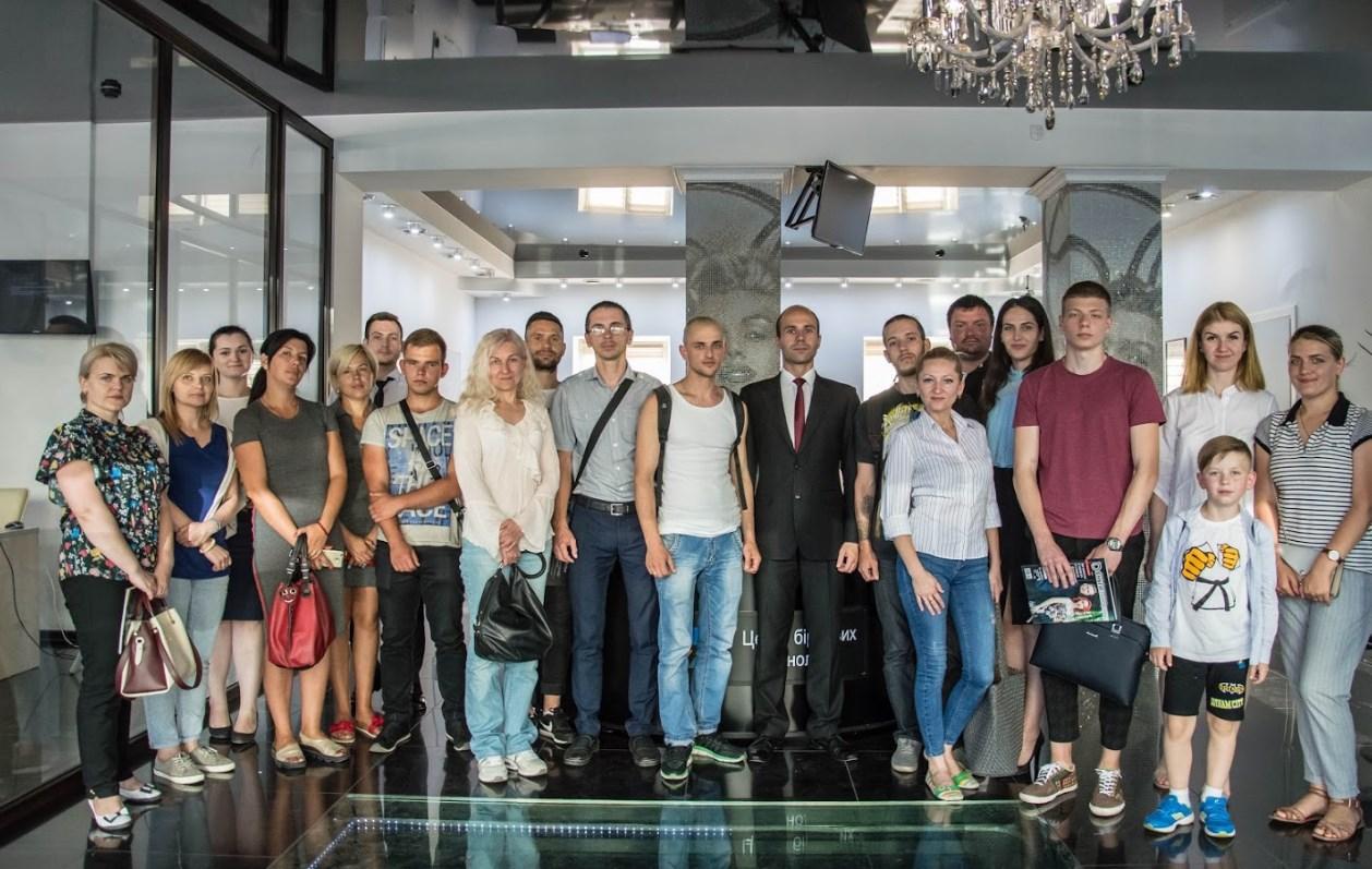 Бізнес-семінар з інвестування від Центру Біржових Технологій в Чернівцях  - фото 1