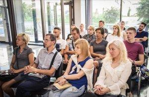 Бизнес-семинар по инвестированию от Центра Биржевых Технологий в Черновцах - 13 фото