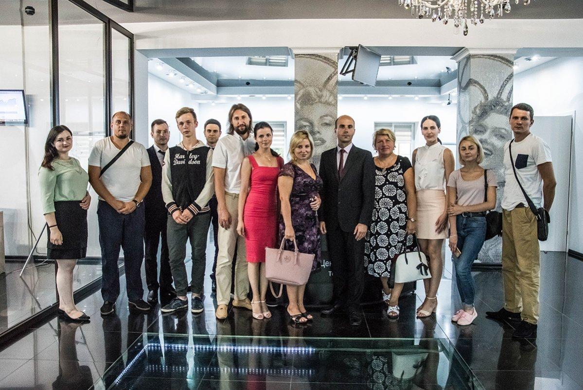 В Черновцах прошел семинар по инвестированию  - фото 1