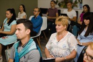 В Киеве изучали правила инвестирования - 2 фото