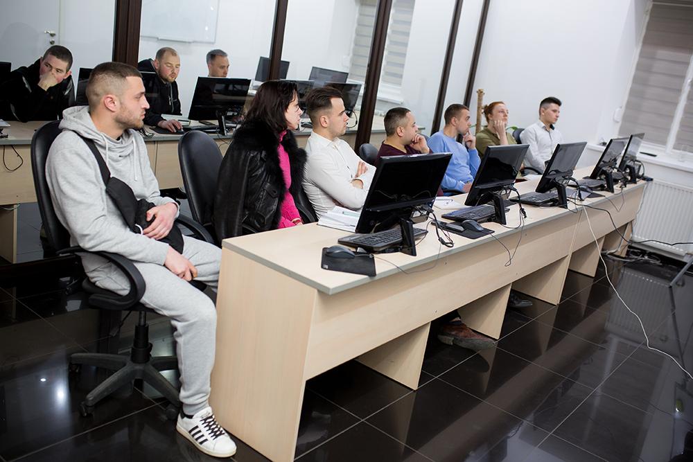 ЦБТ-Черновцы: тест-драйв открыл возможности заработка на финансовых рынках