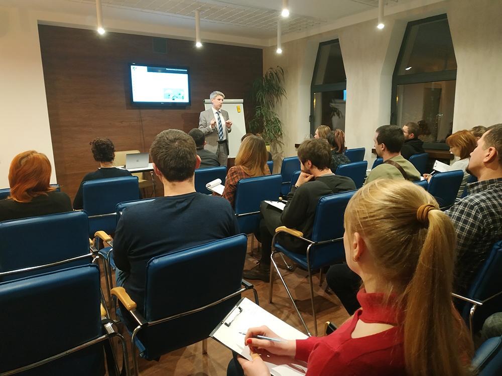 ЦБТ-Дніпро: семінар з фінансової грамотності