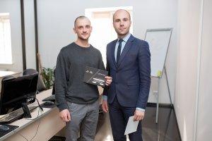 В ЦБТ-Черновцы состоялось вручение сертификатов очередной группе выпускников - 3 фото