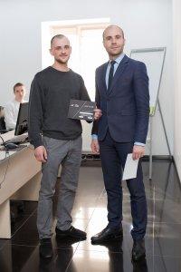 В ЦБТ-Черновцы состоялось вручение сертификатов очередной группе выпускников - 4 фото
