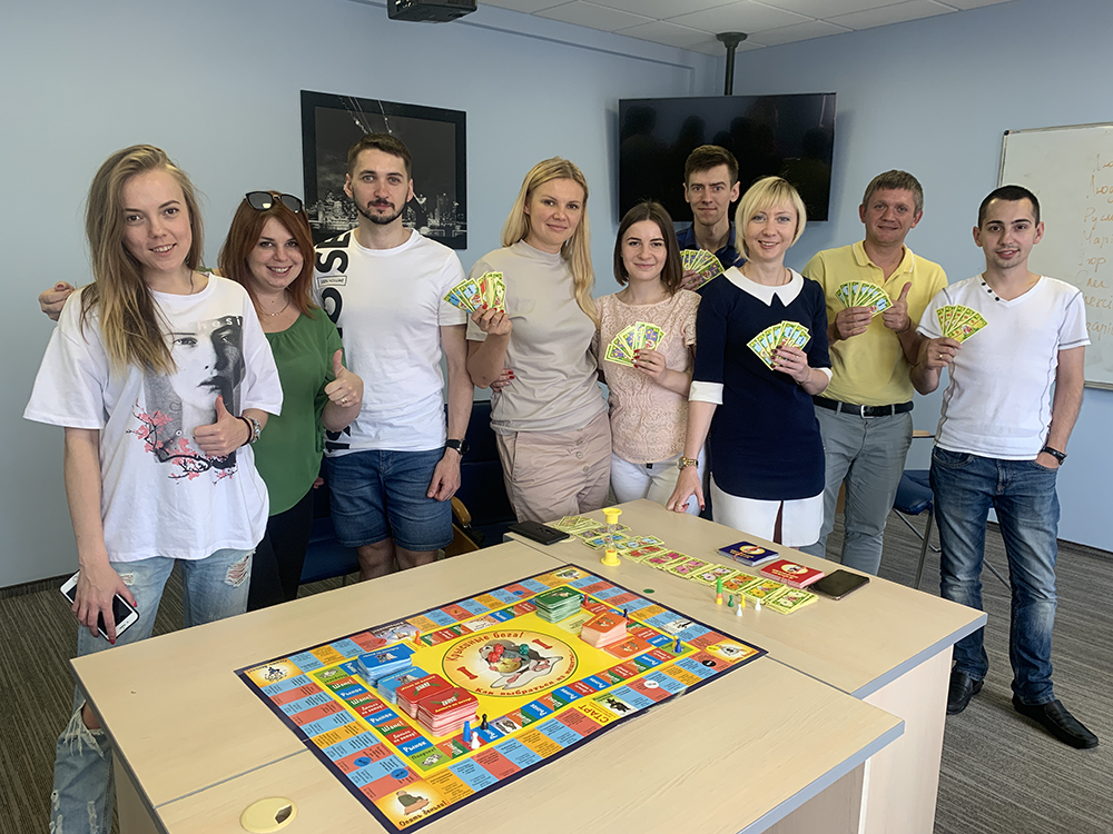 ЦБТ-Львов: игра «Кэш-флоу» — «тренажер», который меняет отношение людей к финансам