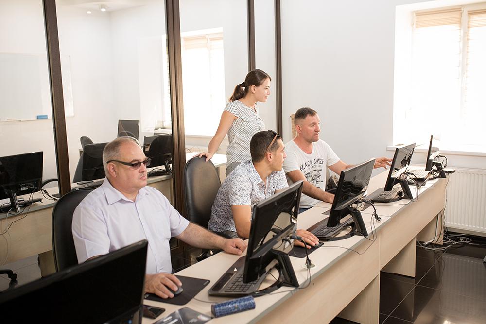 Клієнти ЦБТ-Чернівці стали вдячними випускниками курсу «ЦБТ Беластіум» - фото 1