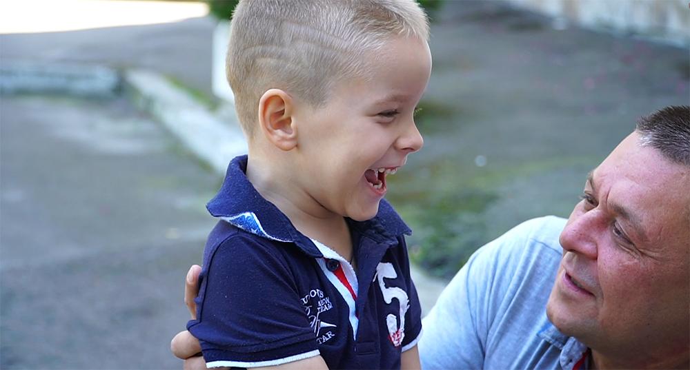 Центр Биржевых Технологий города Львов — своевременная помощь маленькому Мише с диагнозом ДЦП