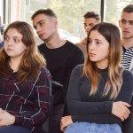 У ЦБТ-Чернівці студентам-економістам показали, як робити гроші - 4 фото
