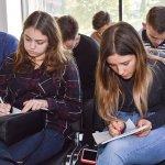 У ЦБТ-Чернівці студентам-економістам показали, як робити гроші - 10 фото