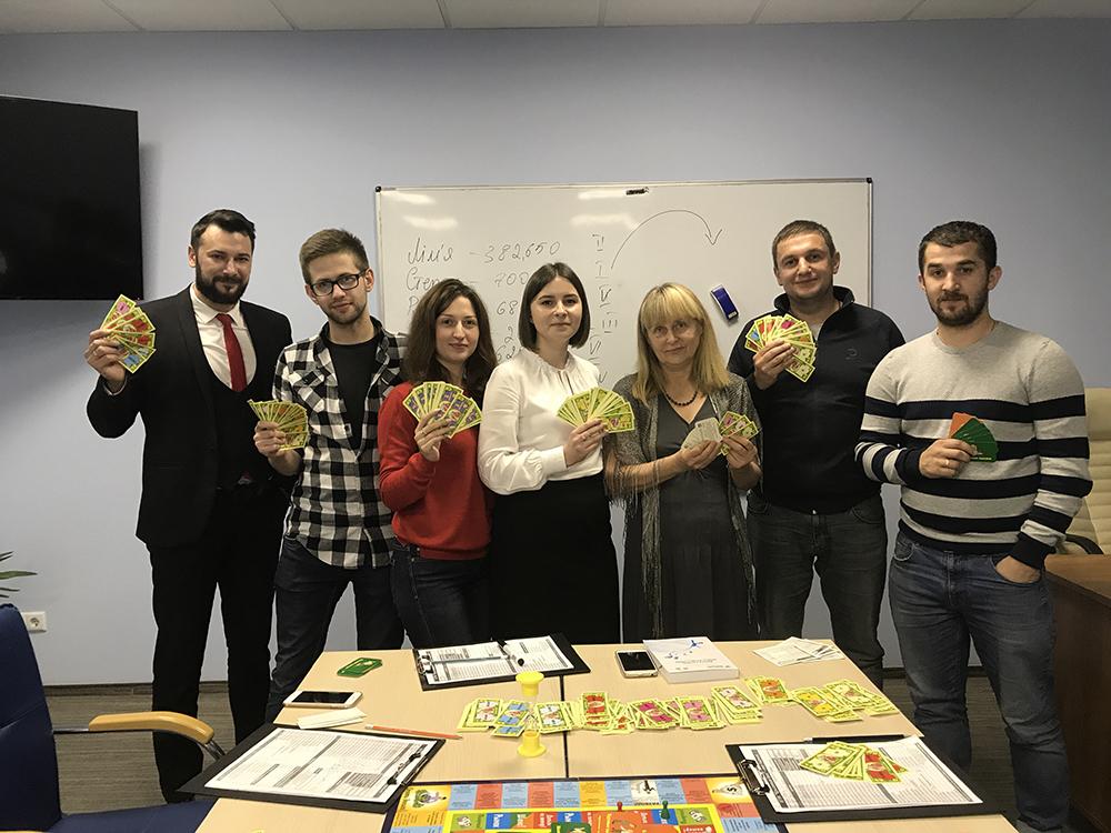 Бизнес-игра Cash Flow в ЦБТ-Львов указывает путь к финансовой свободе