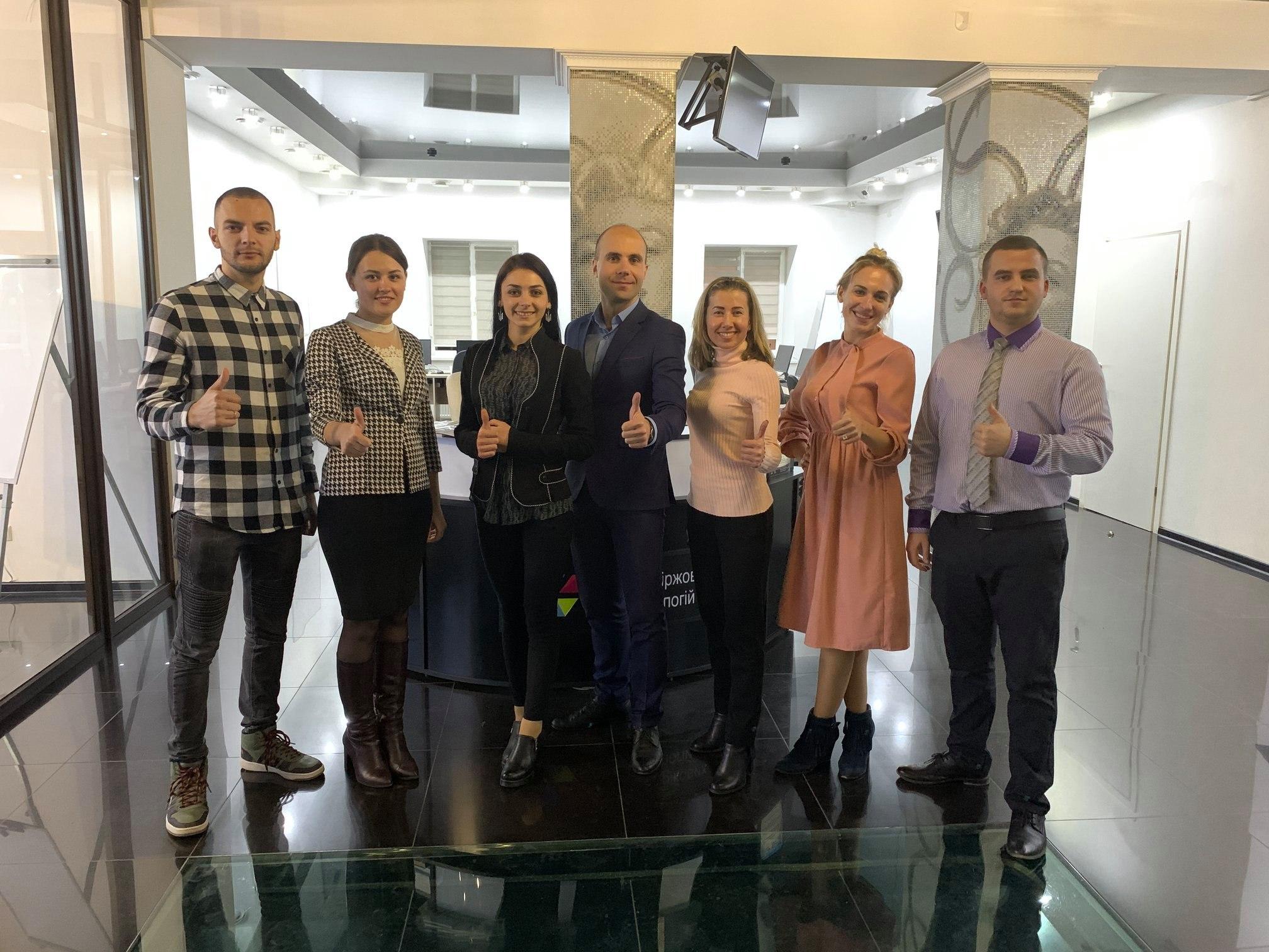 Центр Біржових Технологій міста Чернівці запрошує всіх бажаючих взяти участь в наступних іграх Cash Flow
