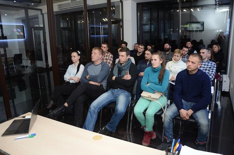 На одном дыхании. В Черновцах состоялся семинар по финансовой грамотности и инвестированию - 10 фото