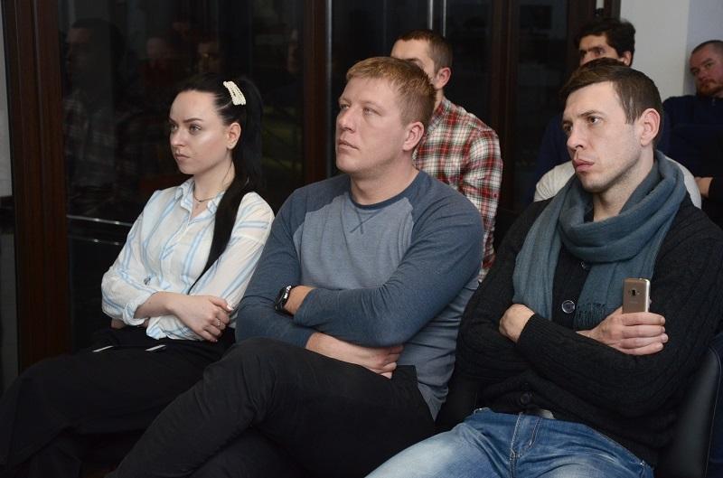 На одном дыхании. В Черновцах состоялся семинар по финансовой грамотности и инвестированию - 12 фото
