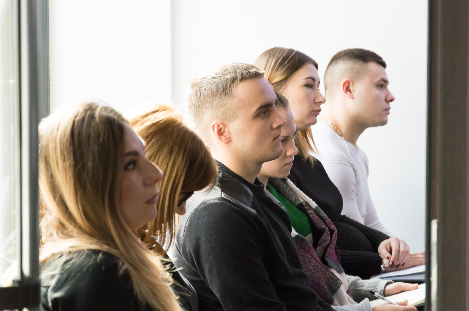 """Лекцію """"Фінансові ринки та основи біржових технологій"""" в Чернівцях відвідали студенти та викладачі МАУП - 14 фото"""