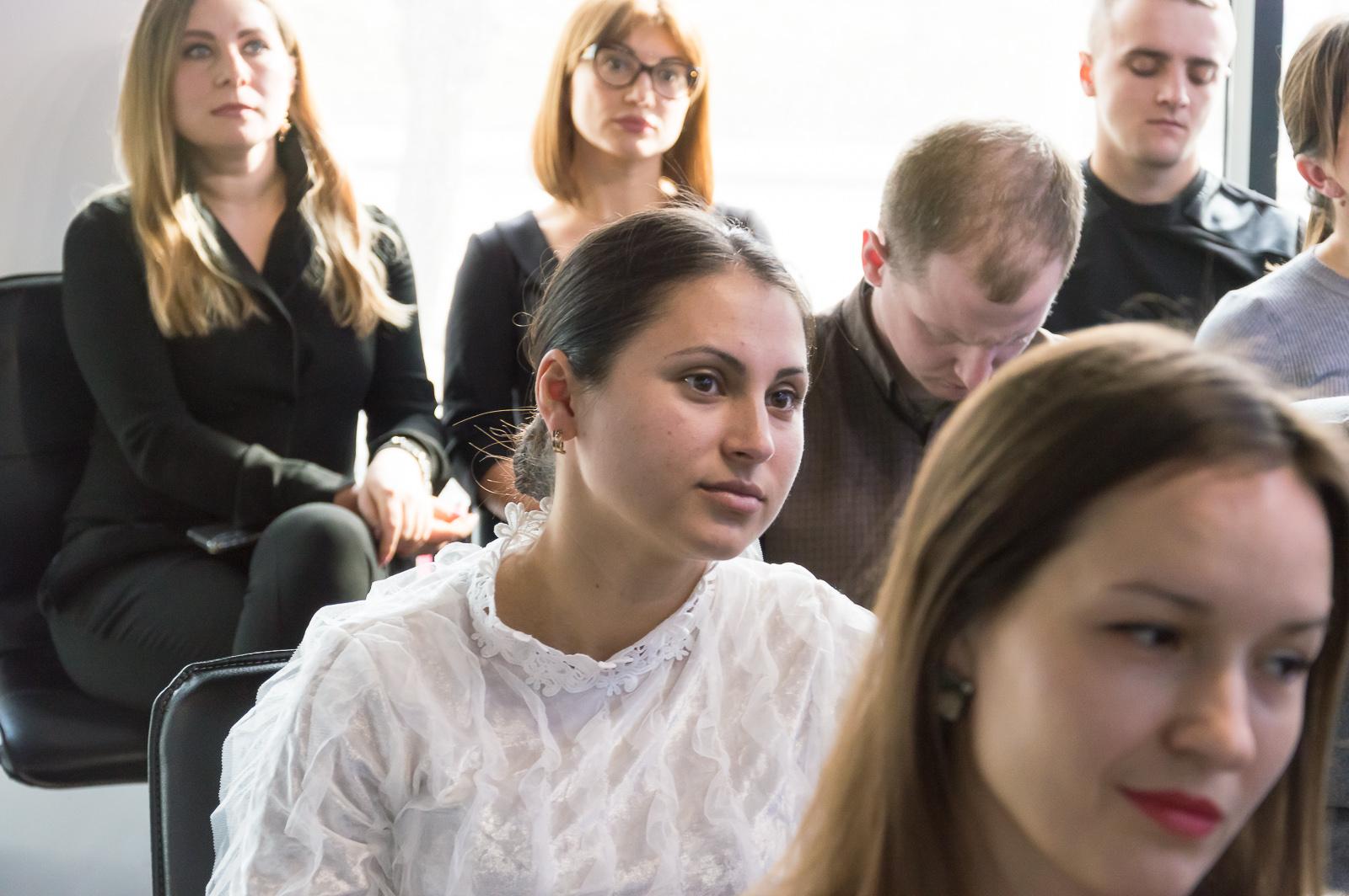 """Лекцію """"Фінансові ринки та основи біржових технологій"""" в Чернівцях відвідали студенти та викладачі МАУП - 10 фото"""