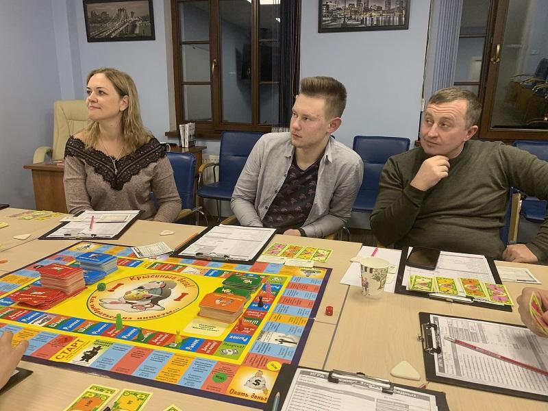 Багатіти граючи! Львівські клієнти ЦБТ тренували мистецтво управління капіталом - 7 фото