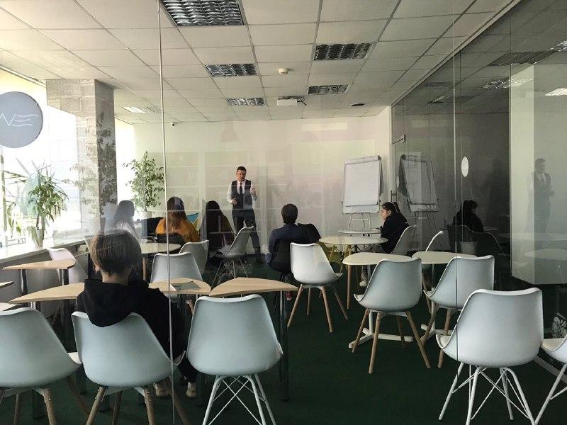 Эксперт ЦБТ Сергей Родлер провел семинар для слушателей Одесской бизнес-школы WAVE