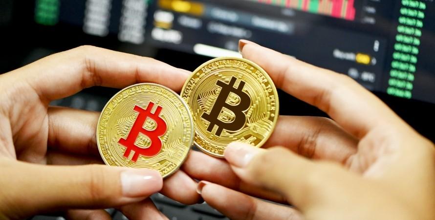 Обвал Bitcoin: убытки трейдеров достигли $800 миллионов