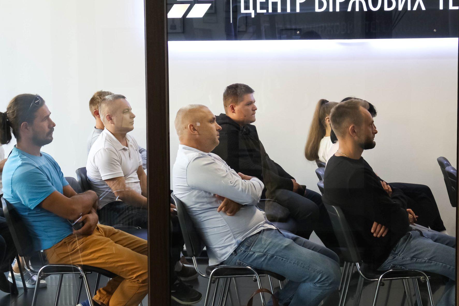 Офлайн-зустріч в ЦБТ-Чернівці - 3 фото