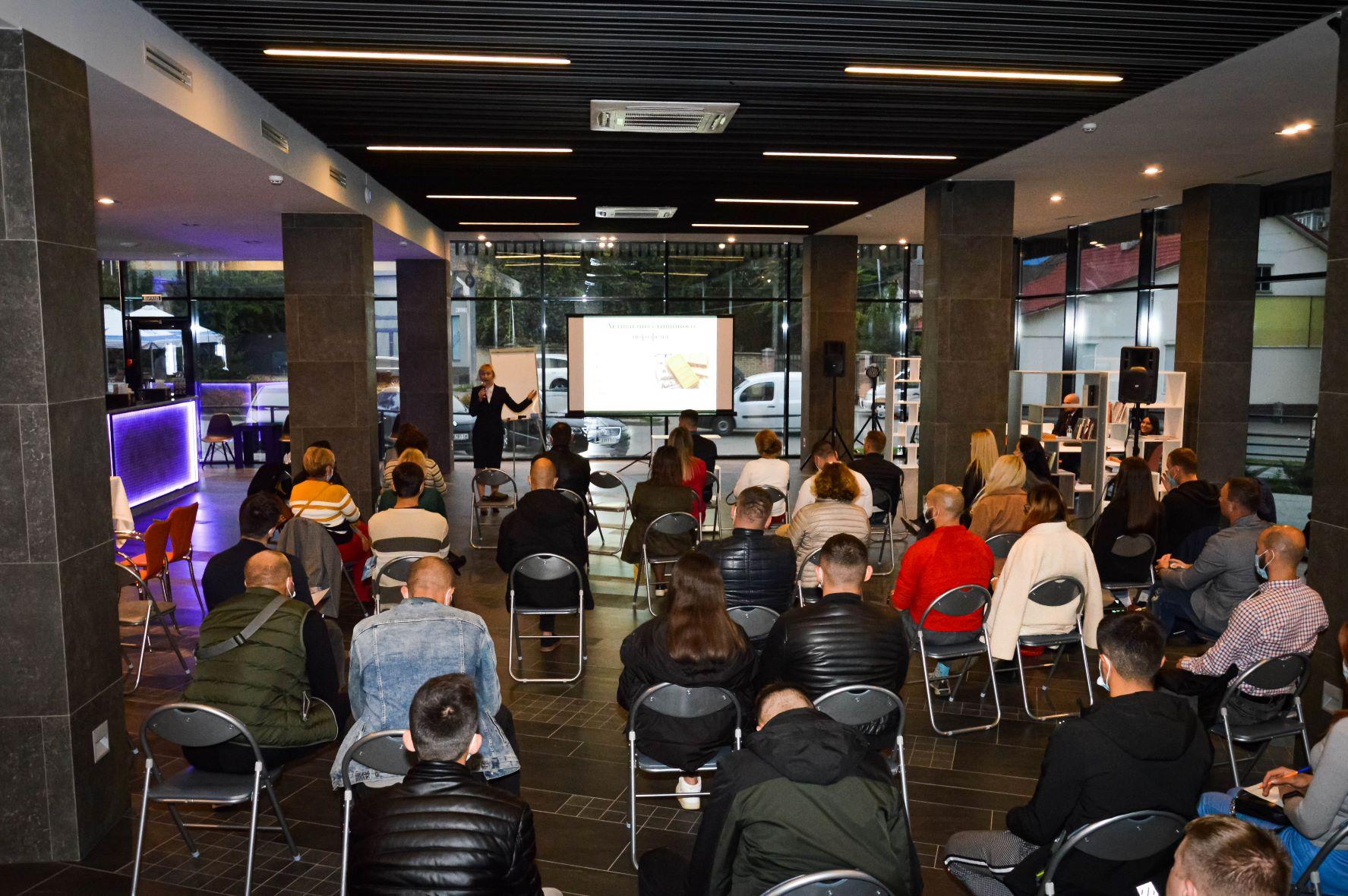 ЦБТ провів актуальну дискусійну панель в Чернівцях - 9 фото