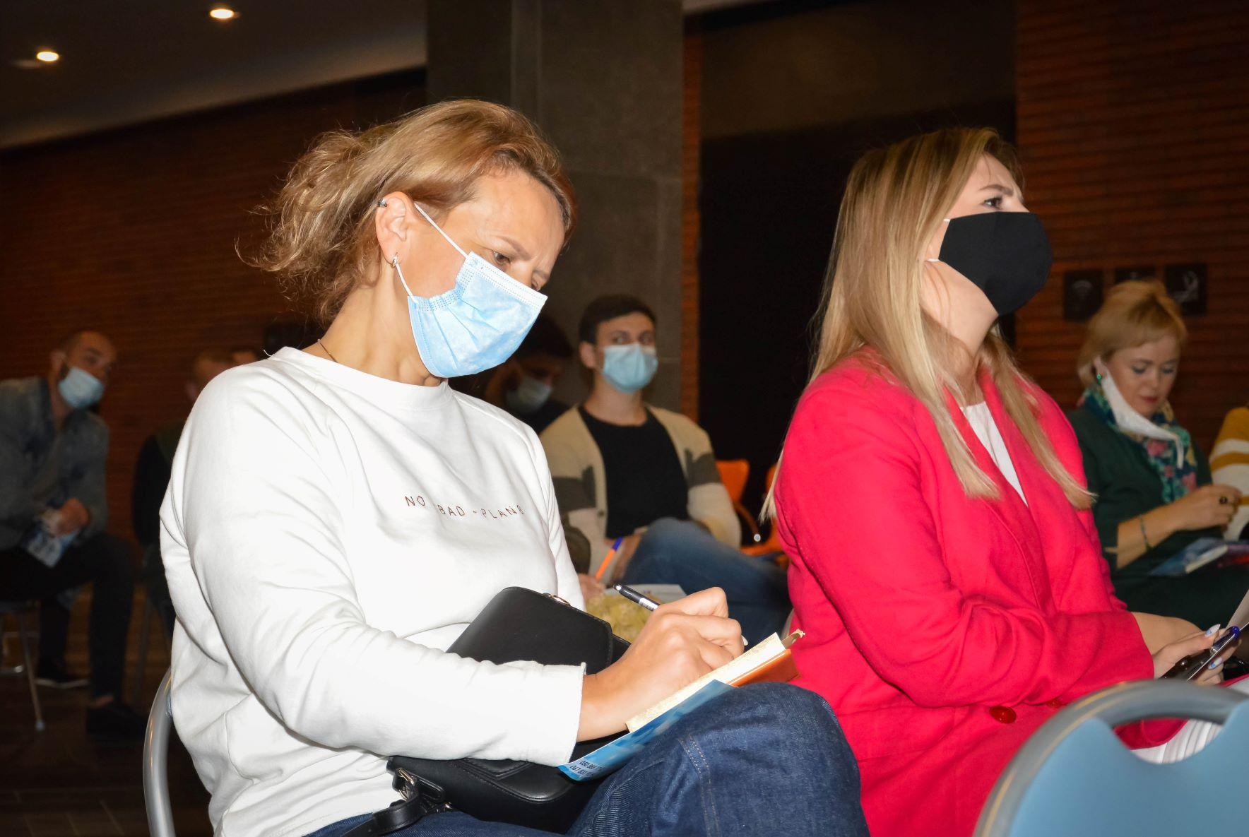 ЦБТ провів актуальну дискусійну панель в Чернівцях - 13 фото