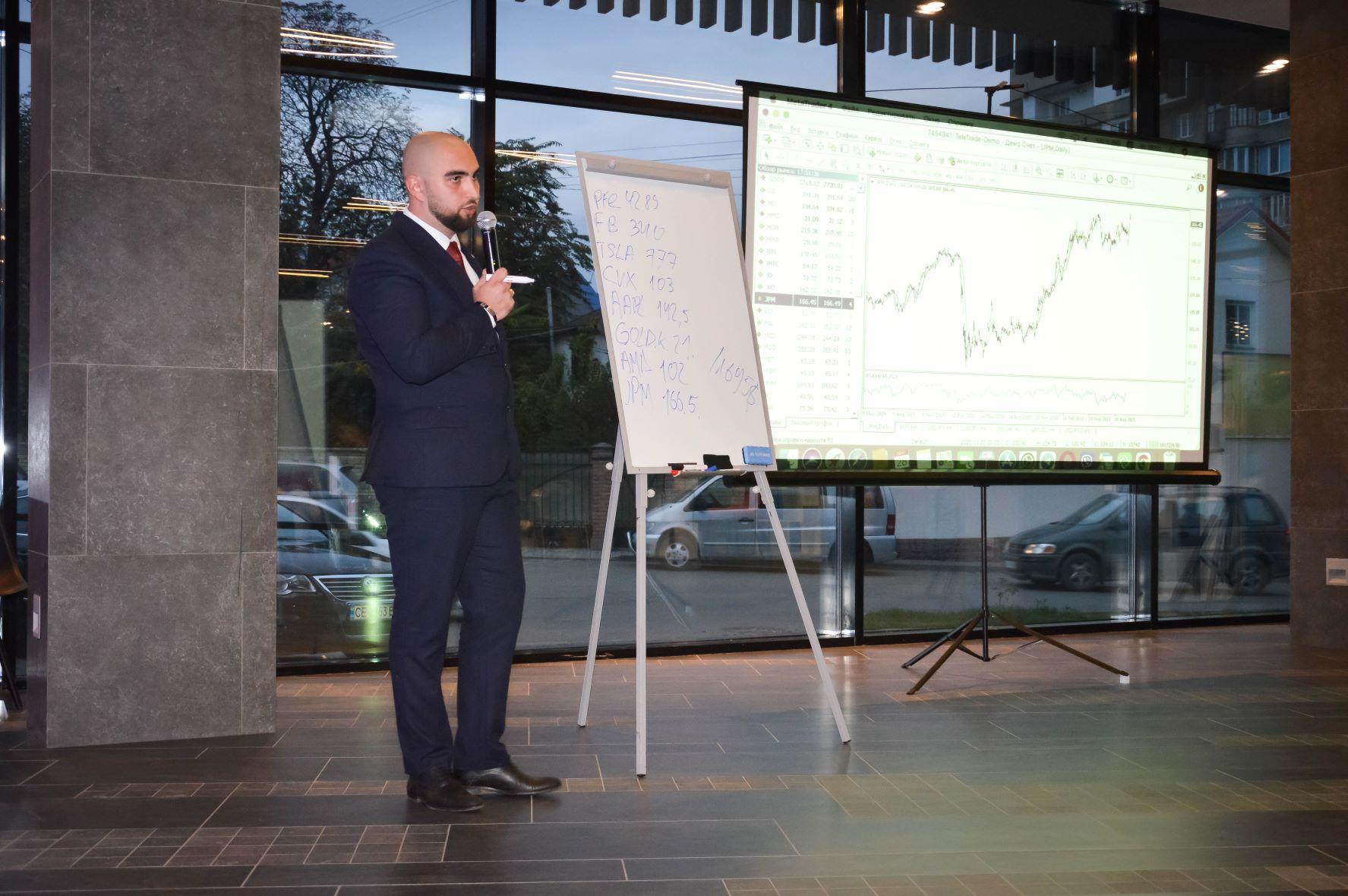 ЦБТ провів актуальну дискусійну панель в Чернівцях - 16 фото