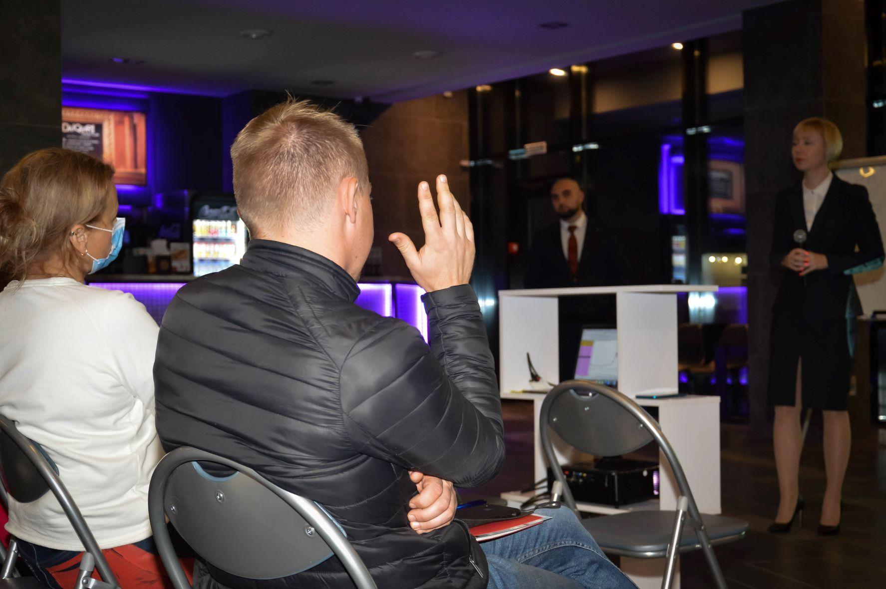 ЦБТ провів актуальну дискусійну панель в Чернівцях - 22 фото